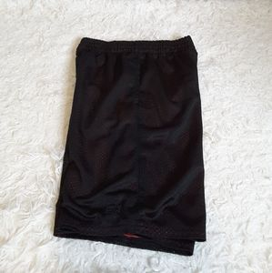 3/$15 Starter black red athletic shorts size M (8)